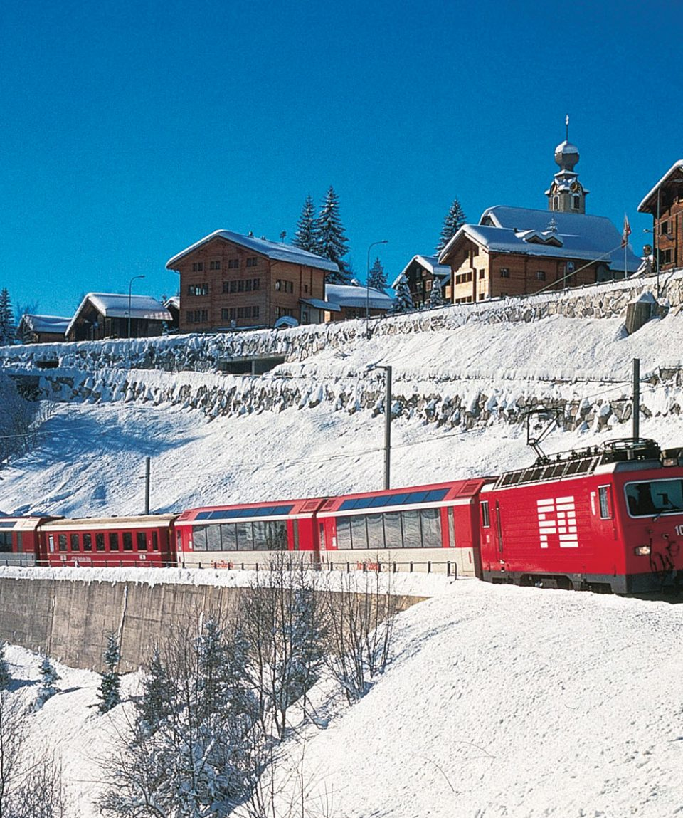 Glacier Express im Winter_Foto_Swiss Travell
