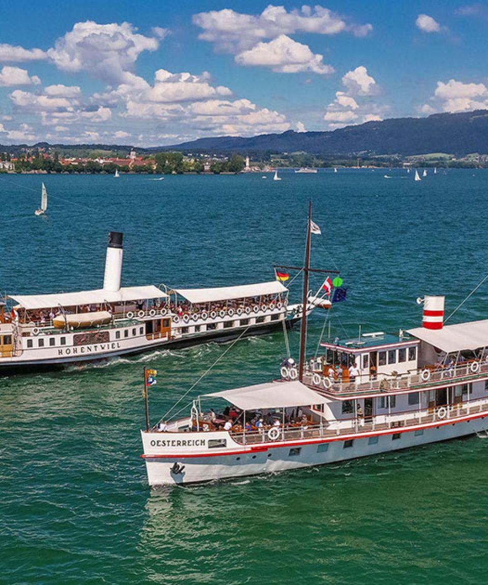 Beide Schiffe auf dem Bodensee Foto: Michael Haefner