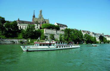 Rhein bei Basel Foto Basler Personenschifffahrt AG